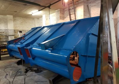 design and manufacture feed hoppers
